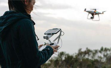 Drone'a bak, sahibini tanı!