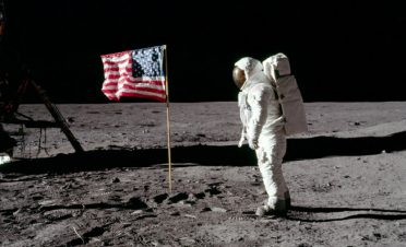 Ay'dan Mars'a: İnsanlığın atacağı bir sonraki dev adımda bilişimin rolü