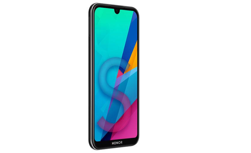 Uygun fiyatlı Honor 8S ön siparişe açıldı