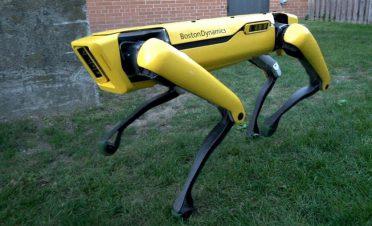 Boston Dynamics'in robot köpeği polis ekibine katıldı
