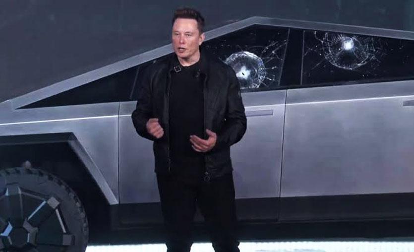 Tesla'nın zırhlı aracı Cybertruck'ın tanıtım testi başarısızlıkla sonuçlandı