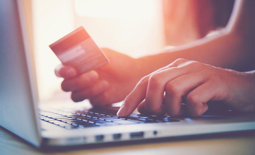 İnternetten kartlı ödemeler, 29 Kasım'da 1,4 milyar TL'ye ulaştı