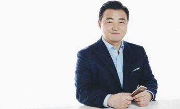 Samsung mobil birimine yeni başkan