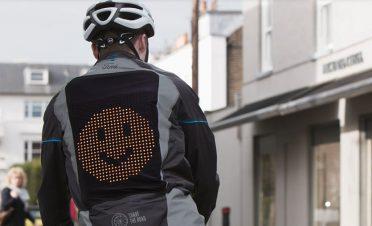 Ford'dan bisikletlilere 'emoji ceketi'