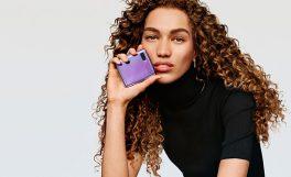 Samsung'un katlanabilir ekranlı telefonu Galaxy Z Flip'in Türkiye fiyatı belli oldu