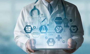 Korona günlerinde hastaneye gitmeye çekinenler için dijital sağlık hizmeti