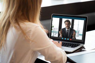 Online iş giriş görüşmeleri son 1 ayda 3 kat arttı [Araştırma]