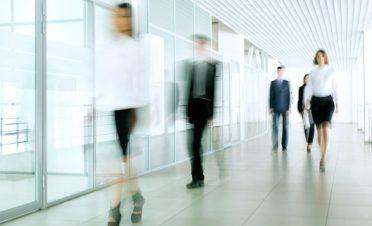 Beyaz yaka çalışan ve işverenler neler bekliyor? [Araştırma]