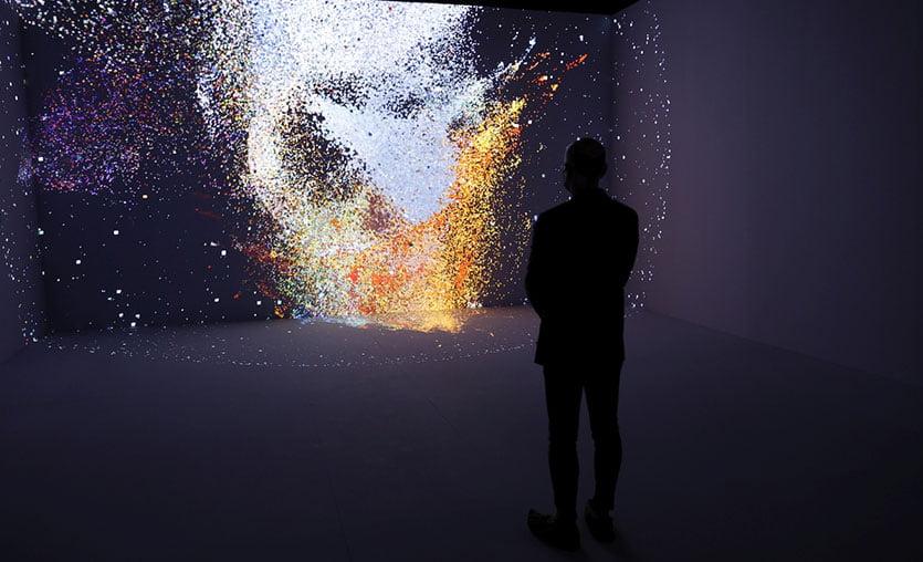 """Samsung The Frame katkılarıyla """"Makine Hatıraları Uzay"""" sergisi açılıyor"""